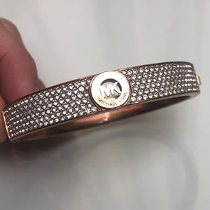 MICHAEL KORS  DIAMOND BANGLE BRACELET